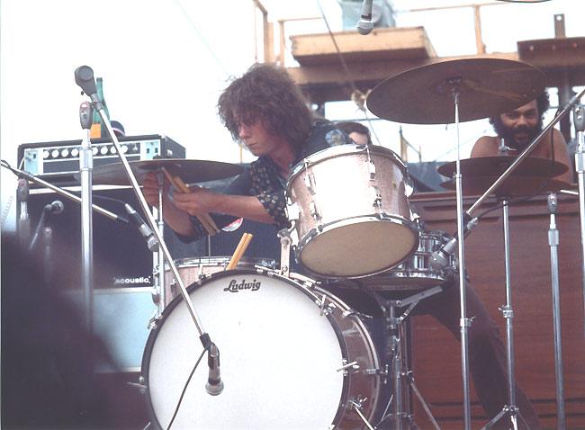 The Woodstock Experience (2009) Santana-Woodstock3